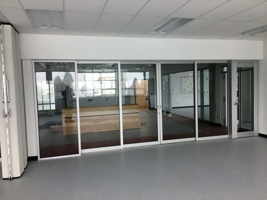 sliding aluminum glass doors on tandem rollers